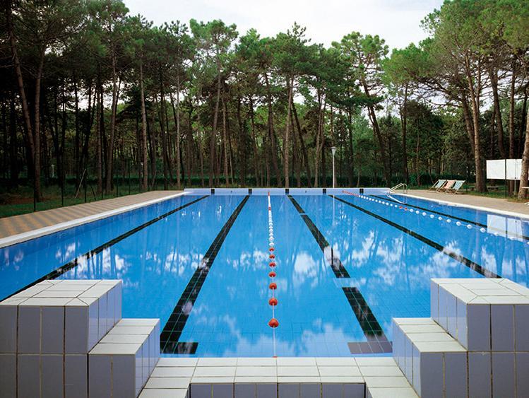 Piastrelle per piscine cs trading mobili per ufficio e centro per