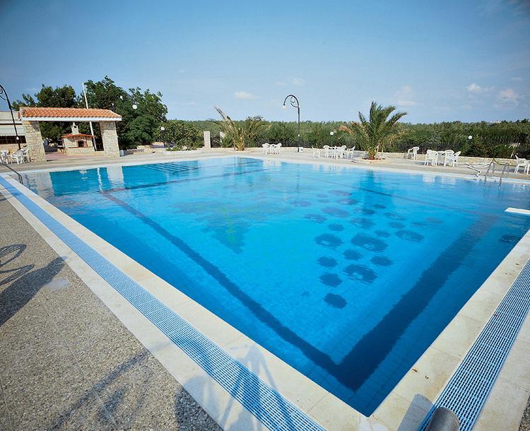Piastrelle per piscine cs trading mobili per ufficio e centro